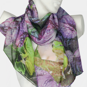 Green Tree Frog Scarf